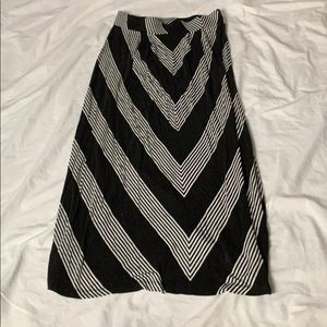 Dana Buchman Striped Maxi Skirt
